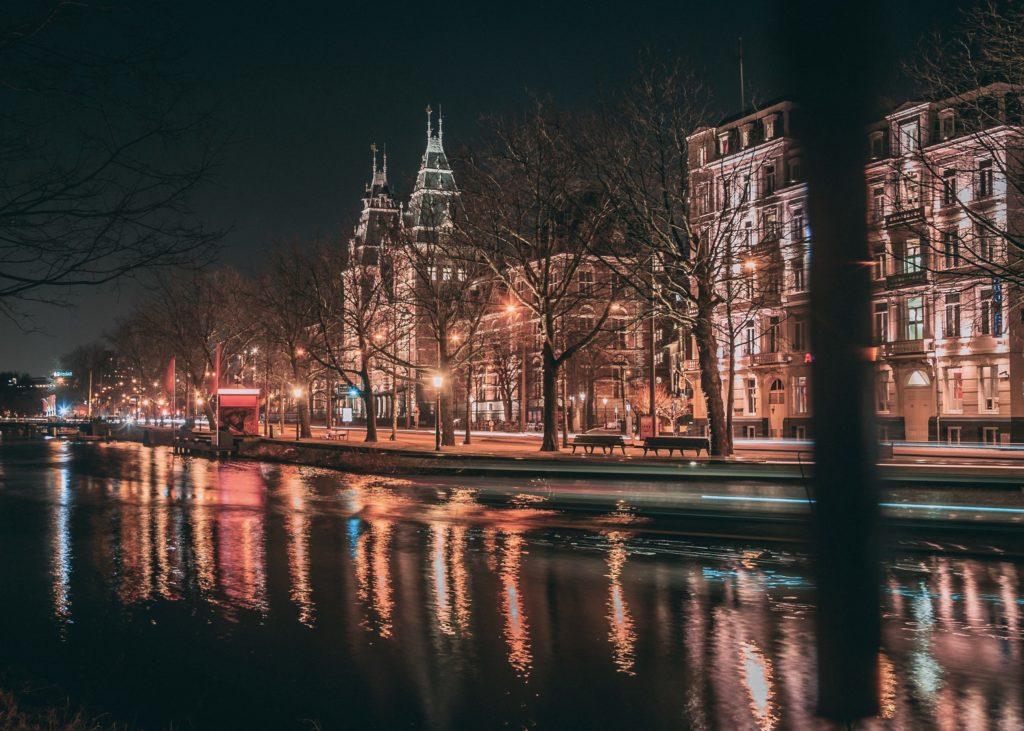 Verhaal over een meisje in Amsterdam